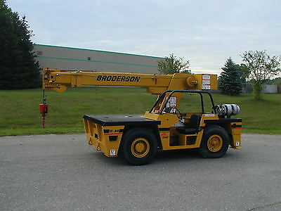 Broderson IC80-2F industrial crane