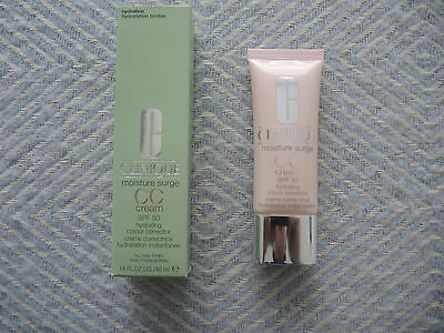 Clinique CC cream SPF 30 moisture surge colour corrector Farbe light - neuwertig