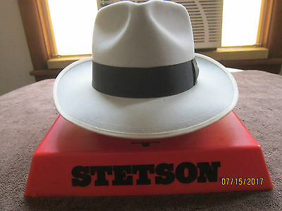 Vintage Stetson Royal De Luxe 7 1/4 Light Gray Very Good Condition, Nice Hat!