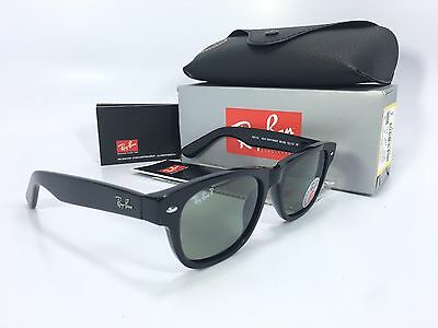 Ray-Ban Sunglasses Wayfarer RB2132 901/58 52mm Black / Green Polarized