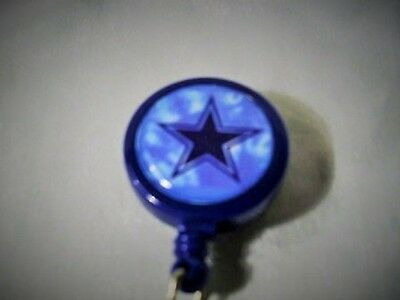 DALLAS COWBOYS STAR - LARGE FACE BADGE REEL id holder key card Football keychain
