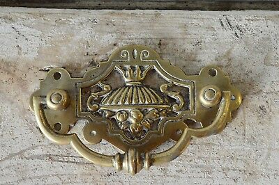 Antique Solid Brass 'Hackney' Door Cabinet Drawer Pull