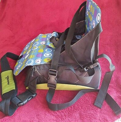 MUNCHKIN Travel Booster Seat Portable Convertible Black & Olive Green MAKE OFFER