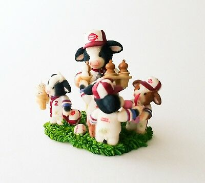 Mary Moo Moos Dairy Queen Collection Sweet Treats For Good Sports -Retired-