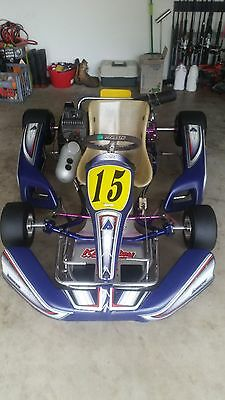 Go Kart arrow ax9