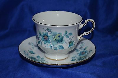 Vintage Queen Anne Duo Set. - England -