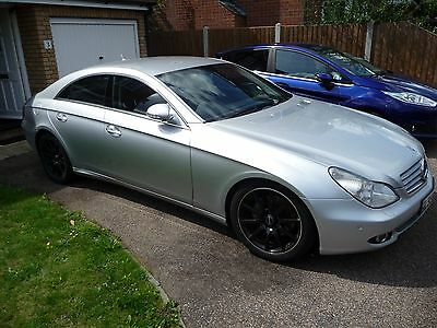 2006 06 mercedes benz cls 320 3 0 cdi 7g tronic 4 door coupe auto manual 8 picclick uk. Black Bedroom Furniture Sets. Home Design Ideas
