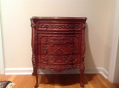 Antique Pair of Chests 4 drawers each. End tables. Nightsatnds. Foyer adornments