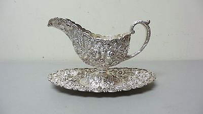 AM. BALTIMORE STERLING SILVER REPOUSSE LG. SAUCE / GRAVY BOAT & TRAY, 810 grams