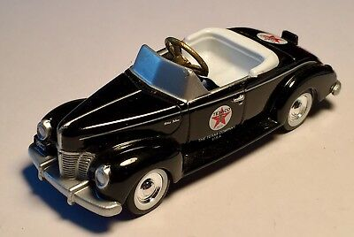 "TEXACO Gasoline Ford Deluxe Die Cast Gearbox Collectibles 4"" Pedal Car"