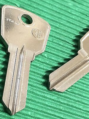 Slica CH7R Chicago Lock Company Jukebox Keyblank Pair -Key Blank-Free Postage!