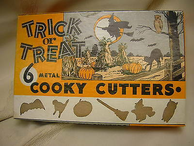 Vintage c1950-60s Halloween Cookie Cutters in Box Metal Owl Cat Witch Broom Bat