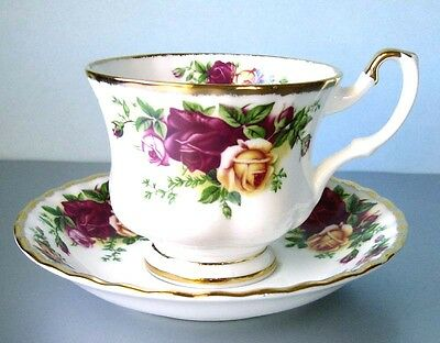 Royal Albert Old Country Roses Tea Cup & Saucer Set New