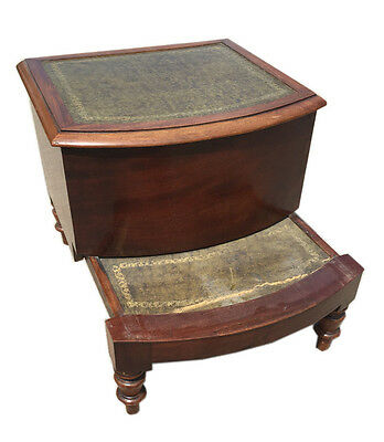 EARLY 19TH C ENGLISH MAHOGANY LEATHER TOP PULL-OUT COMMODE STOOL w/Bowed Front