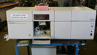 HITACHI Model Z-8200 Series Polarized Zeeman Atomic Absorption Spectrophotometer