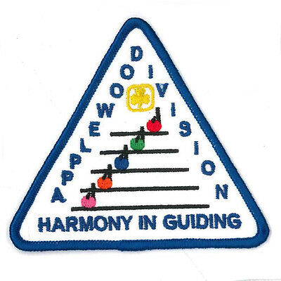 """Girl Guide Scout Brownie BADGE PATCH CREST ~ Applewood Division Ontario - 3"""""""