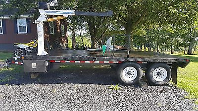 Heavy Duty Deck Over Equipment trailer with Crane