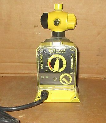 LMI  Electronic Metering Pump 0.50 GPH  250 PSI  A141-915SI  New