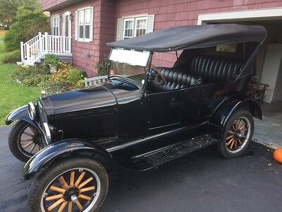 1926 Ford Model T  1926 Ford Model T touring car