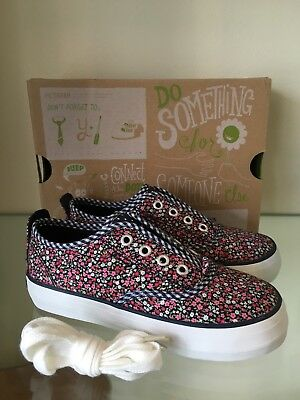 Morgan And Milo Troy Slip On Girls Shoes Size 13 New In Box