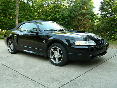 1999 Ford Mustang GT Limited Edition 1999 35th Aniversary Limited Edition Ford Mustang GT Convertible