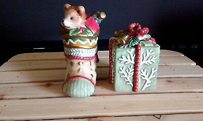 Vintage Fitz and Floyd Classics Winter Holiday Santa Salt and Pepper Shakers