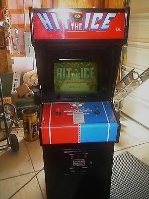 Hit the ice   ARCADE GAME WORKS GREAT SET FOR QUARTERS AND FREE PLAY