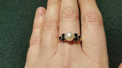 Unique, Pearl, blue sapphire and 18CT yellow gold ring size N/7.5