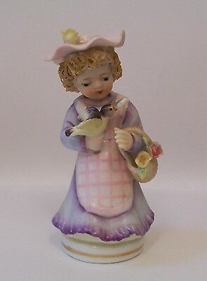 Vintage LEFTON Girl With Bird & Flower Basket  #977 1950-55