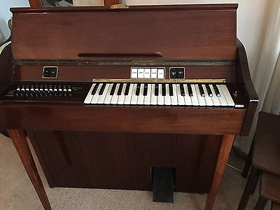 Crucianelli Electric Organ Made in Italy