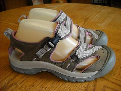 Womens KEEN Leather Sandals/Shoes--Closed Heel/Toe--Brown/Pink--Size 7.5--GREAT!