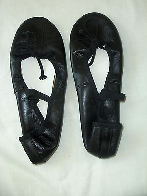 Black Leather Ballet Shoes Dance Slippers Childs Size 3 M  BRAND NEW