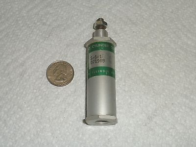 Pneuamatic Cylinder S-6-1 - New Old Stock - Chicago Cylinder Corp