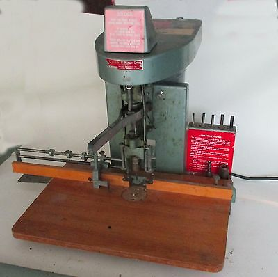 paper drill, Spinnit table top