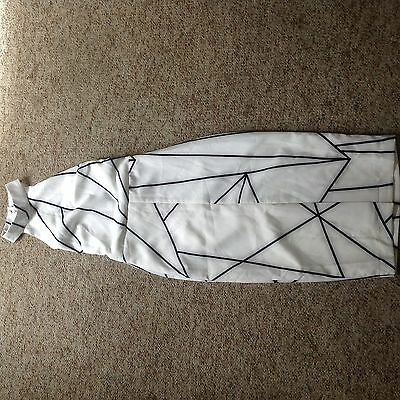 Womens size 6 black & white dress, new with tags from White Closet