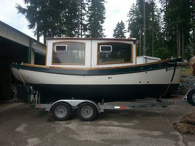 2006 22' Beckman Totem Classic with Yanmar Diesel 350 Hours