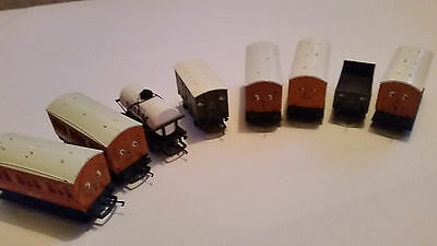 8x HORNBY THOMAS & FRIENDS ROLLING STOCK