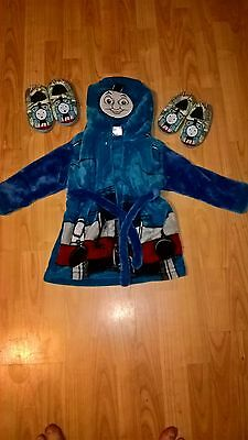 18-24 month Thomas the Tank Engine dressng gown & slippers