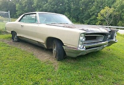 1966 Pontiac Grand Prix  1966 Pontiac Grand Prix 2 door bucket console ratrod gto clone barn find project