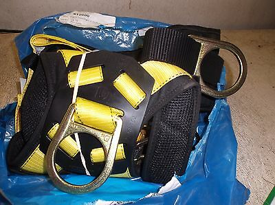 Reliance Ironman 8000 Ser. 3-D Std  Full Body  Safety Harness. New Old Stock