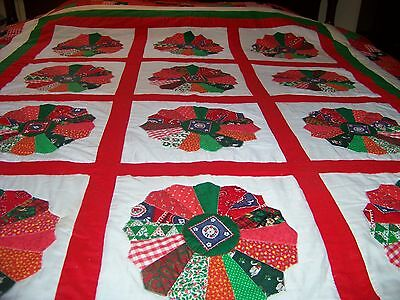 Collectible Signed  Drestin Plate Quilt, 88 X 98