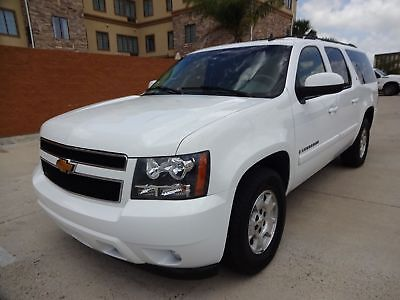 2007 Chevrolet Suburban LT 2007 Chevrolet Suburban LT 4dr Suv with #rd Row Seat 5.3L Flex Fuel V8 Engine