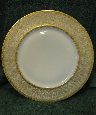Heinrich & Co Selb Bavaria Gold Encrusted Dinne Plates Set of 12