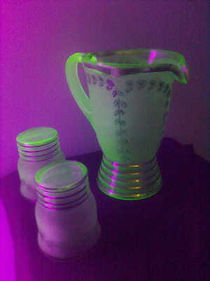 Uranium glass jug and 2 tumblers with partly frosted finish
