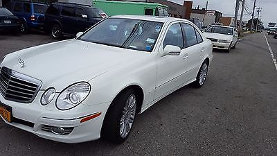 2008 Mercedes-Benz E-Class  White Mercedes-Benz E350