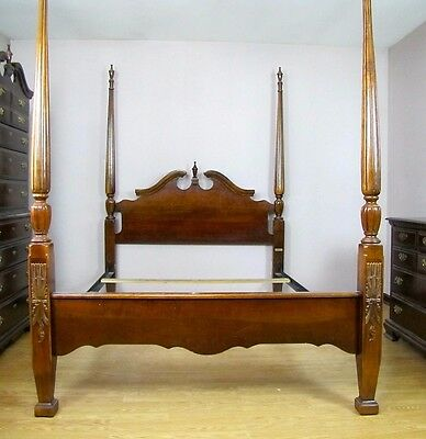 Chippendale Style King Size Cochran Poster Bed