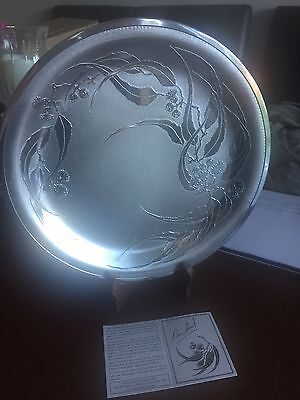 Stunning Designer Metal Don Sheil Plate And Stand