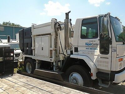 2005 SC8000 Sterling Sweeper Schwarze M5000 Series Sweeper Unit