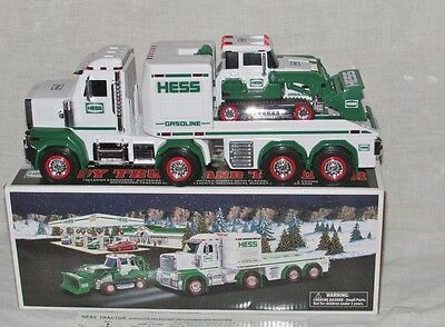 2013 HESS Toy Truck & Tractor, Mint In the Box