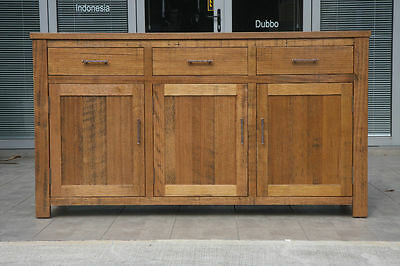 NEW SOLID TASSIE OAK RANGE Buffet Sideboard Cabinet Hall Table 3 Drawers 3 Doors